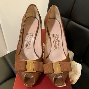Authentic Salvatore Ferragamo Open Tote High Heel